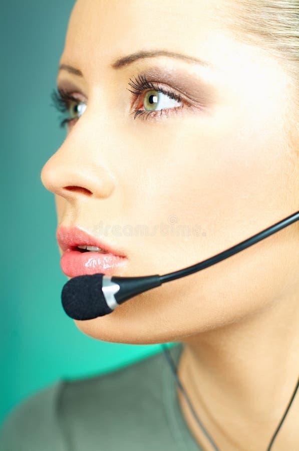 Agent de centre d'attention téléphonique photographie stock libre de droits