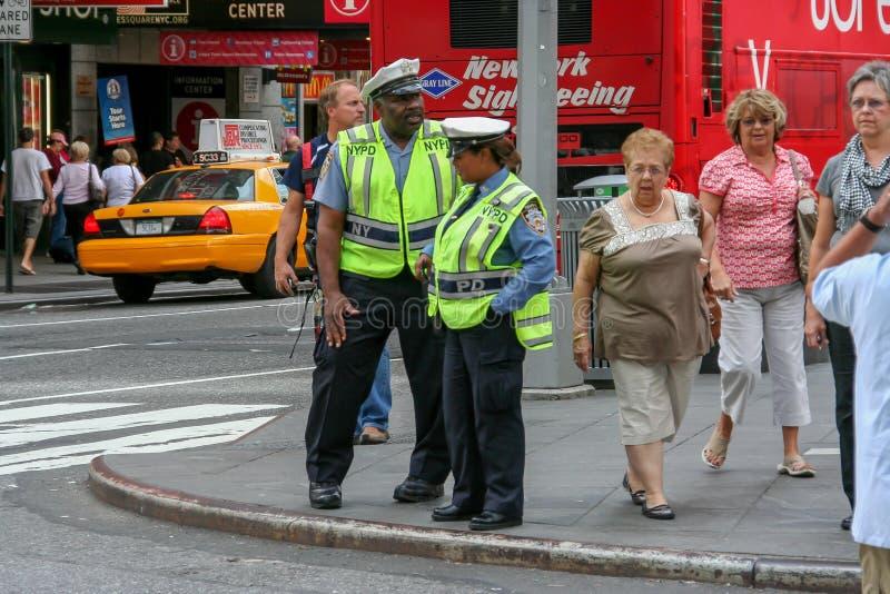 Agents d'application du trafic à Manhattan image libre de droits
