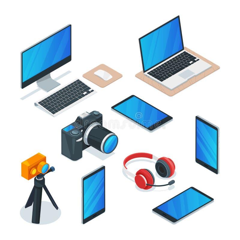 Aggeggi moderni, multimedia, tecnologia e simboli di elettronica Il vettore 3d isometrico ha isolato le icone messe illustrazione vettoriale