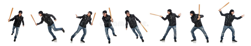 Aggressiver Mann mit Baseballschl?ger auf Wei? stockfotos