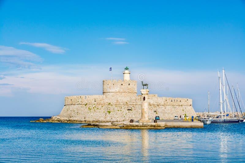 Aghios帕帕佐普洛斯圣尼古拉,罗得岛,希腊堡垒堡垒  免版税库存照片