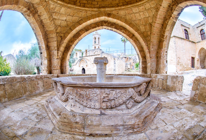 Agia Napa monasteru fontanna w Cypr 6 obrazy royalty free