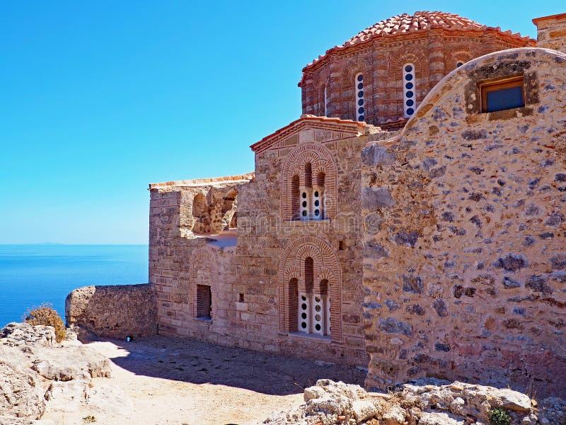 Agia Sófia, igreja bizantina em Monemvasia, Grécia fotografia de stock