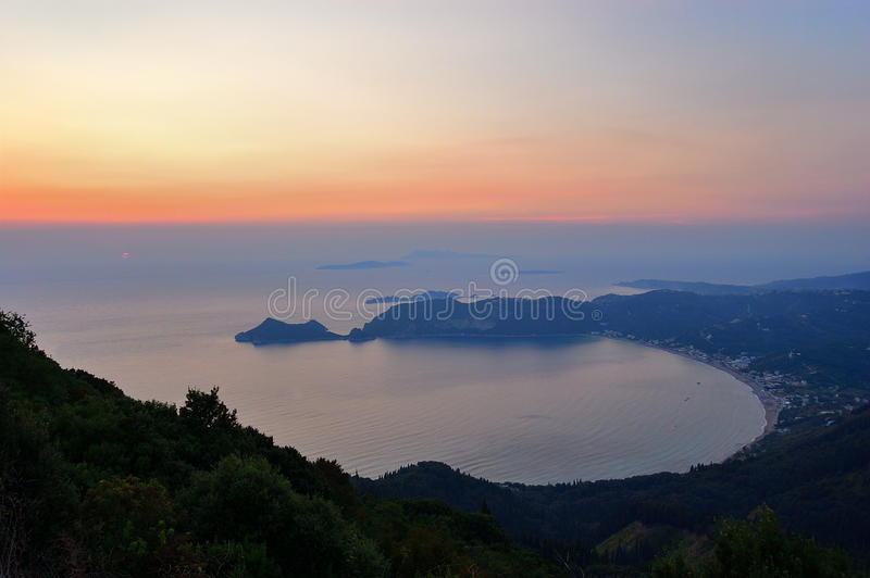 Agios Georgios Sunset, Korfu, Griekenland royalty-vrije stock afbeeldingen