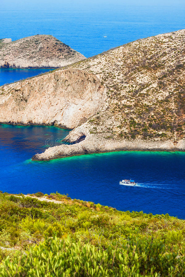 Agios Ioanis-eilandje dichtbij Porto Vromi, het eiland van Zakynthos royalty-vrije stock foto's