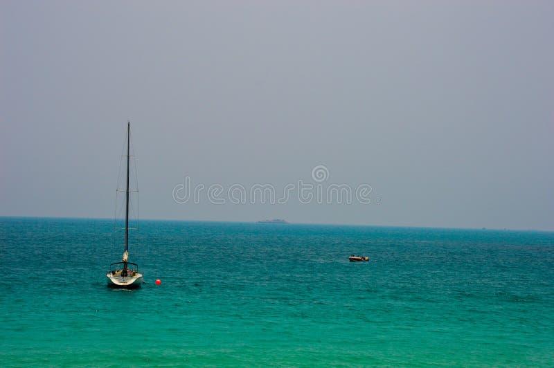 Żaglówka na morzu zdjęcie stock