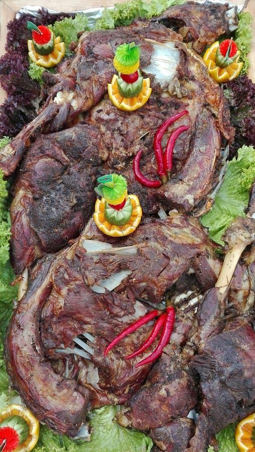 Agneau mariné rôti en four de brique photos libres de droits