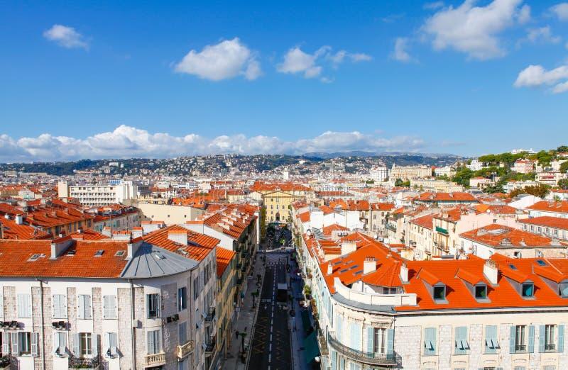 Agradável, França - 17 de outubro de 2011: A vista superior na cidade velha imagens de stock