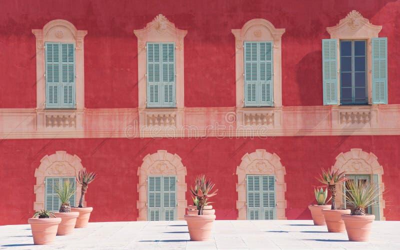 AGRADÁVEL, FRANÇA - em março de 2018: Fachada do museu de Matisse fotografia de stock