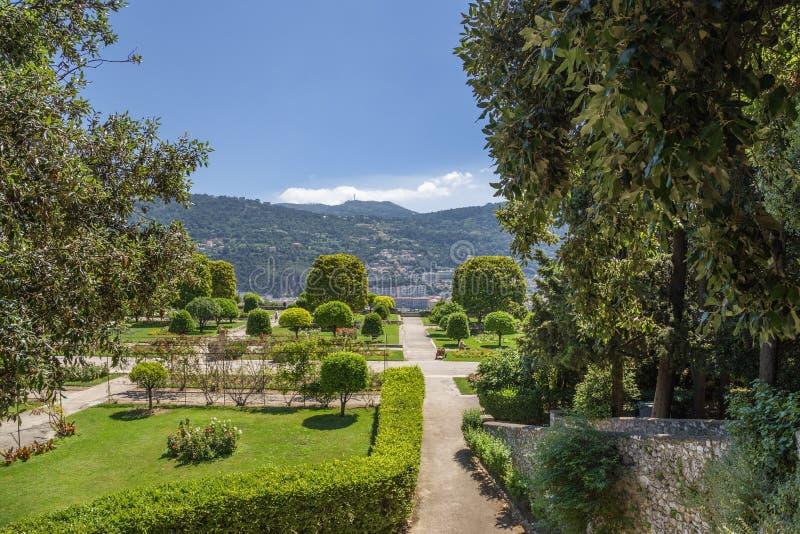 Agradável, France Jardim do monastério de Cimiez - 19 imagens de stock