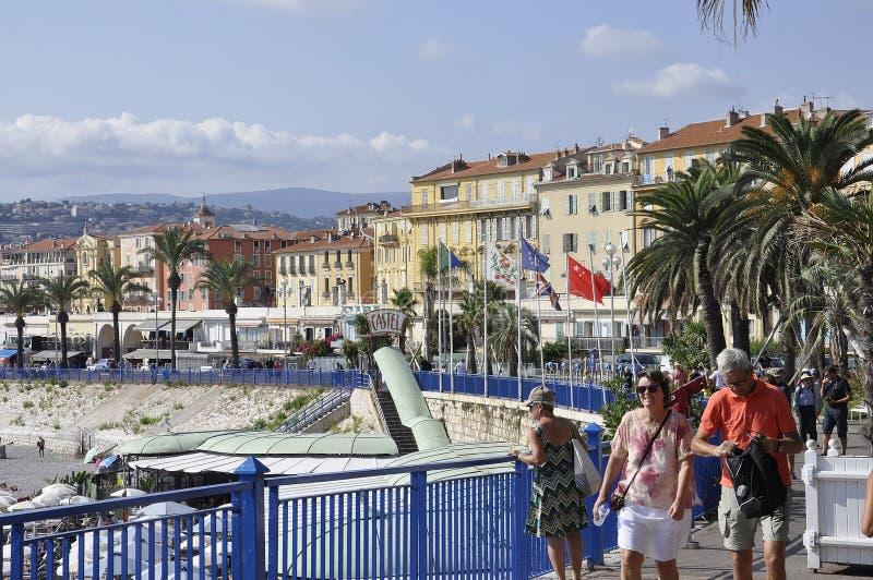 Agradable, el 5 de septiembre: Vista panorámica de la costa de Niza de riviera francesa fotografía de archivo libre de regalías