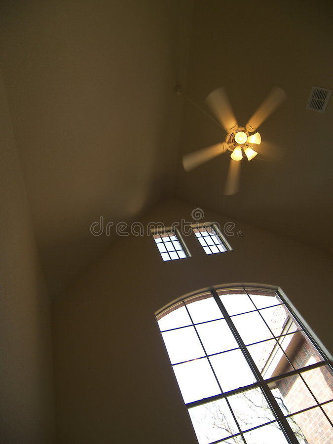 Agradezca el cielo por verano de los ventiladores n fotos de archivo libres de regalías
