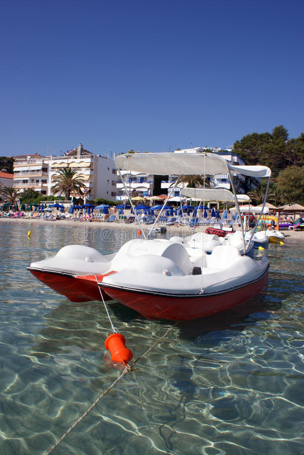 Download Agreement Boat On Clear Water Stock Photography - Image: 15099672