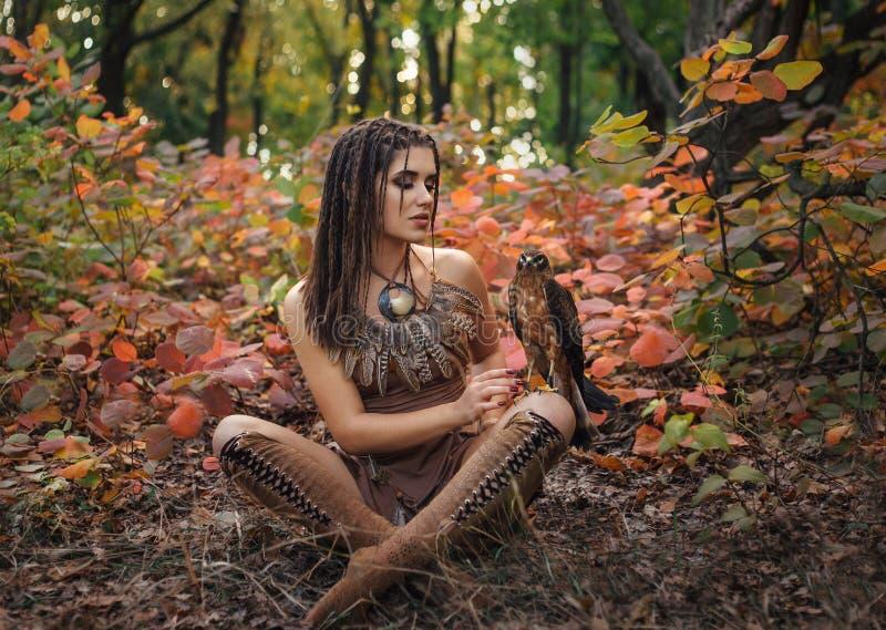 Agressief-seksueel wild meisje royalty-vrije stock afbeelding