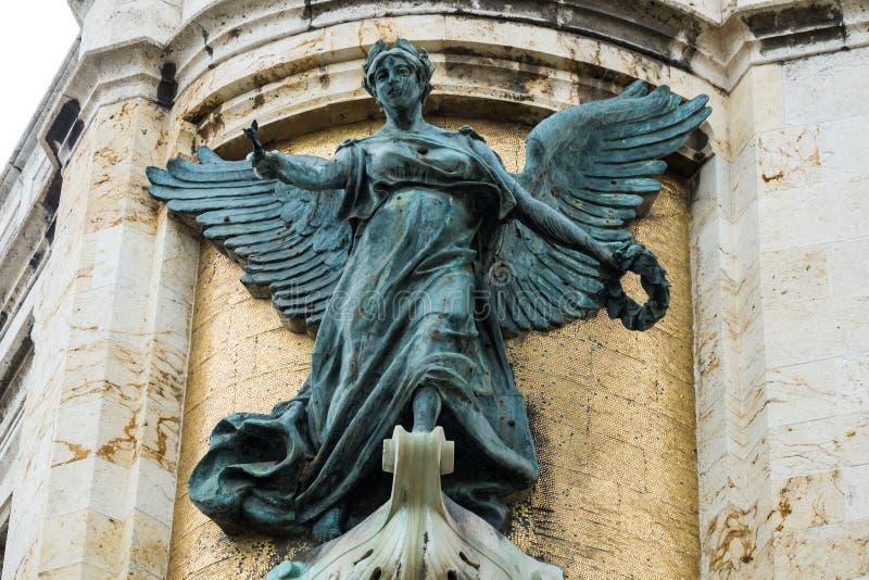 Agricolture rzeźba na Palazzo civico kącie, Cagliari, Sa zdjęcia royalty free