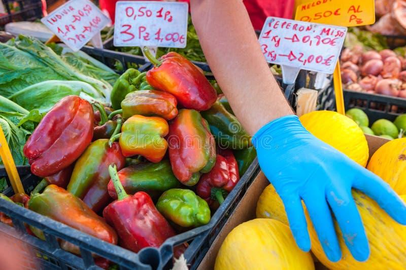 Agriculteurs Commercialisation des fruits et légumes photo stock