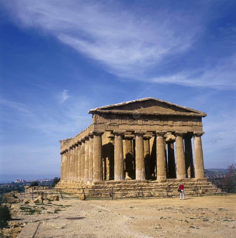 agrigento concordiaitaly tempel royaltyfria bilder