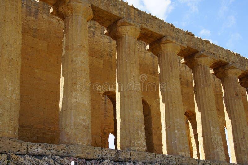 Agrigento Sicilien, Italien, dal av templen fotografering för bildbyråer