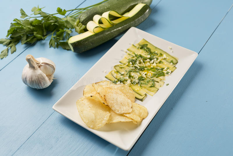 Download Agrios素食主义者芯片 库存图片. 图片 包括有 食物, 大蒜, 夏天, 塔帕纤维布, 蔬菜, 营养 - 72370501