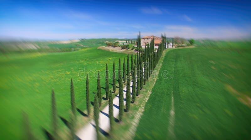 Agriturismo de la vue aérienne DF, temps de la Toscane au printemps - Italie photographie stock libre de droits