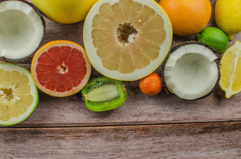Agrumes orange, citron, pamplemousse, mandarine, chaux photo stock