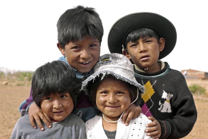 Agrupe el retrato de niños bolivianos jovenes, Bolivia imagen de archivo