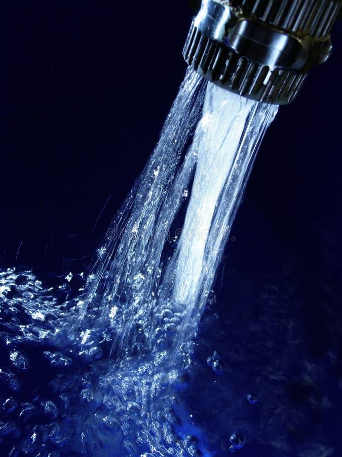 Agua azul imagen de archivo
