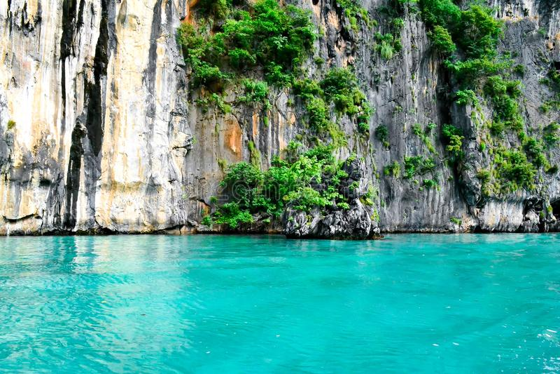 Agua azul en Tailandia fotos de archivo