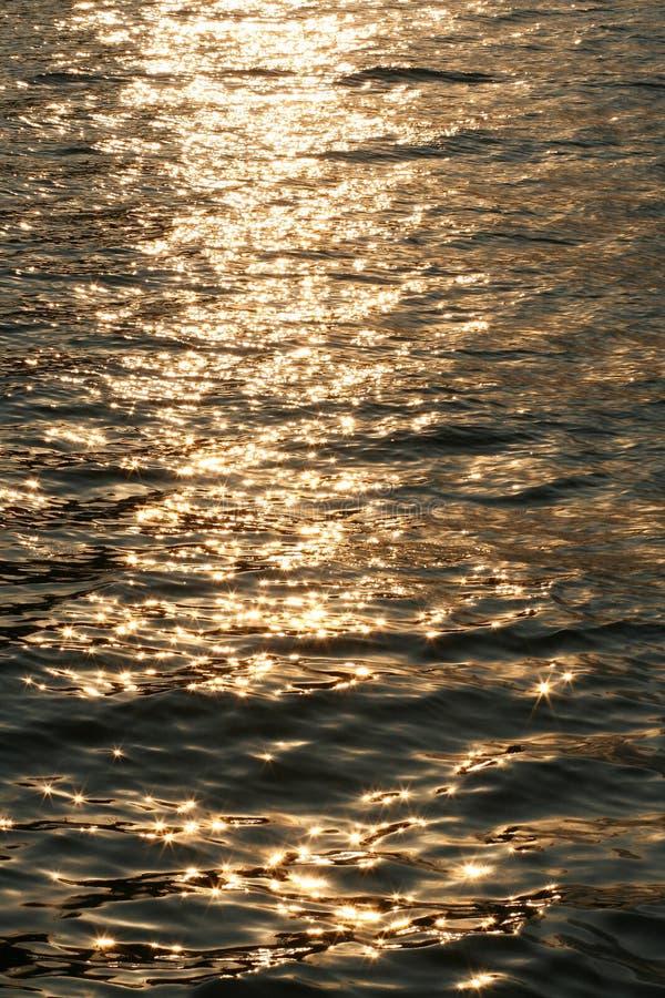 Agua chispeante o superficie del mar foto de archivo libre de regalías
