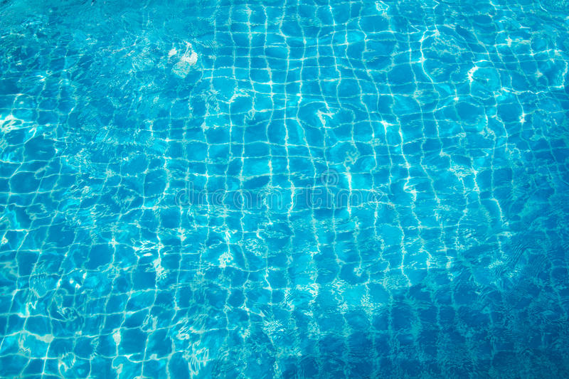 Agua con reflexiones del sol imagen de archivo libre de regalías