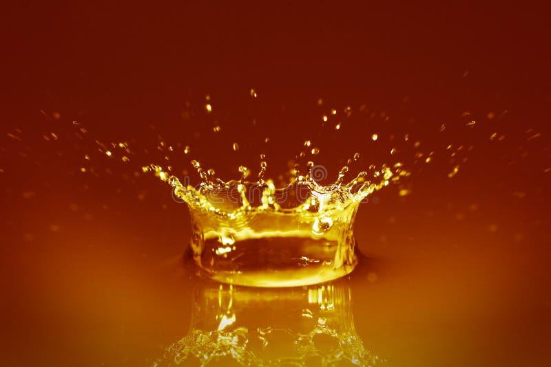 Agua de oro fotos de archivo libres de regalías