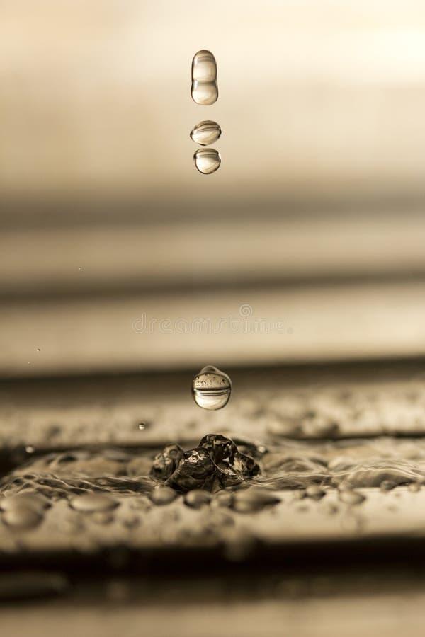 Agua, descensos del agua fotografía de archivo libre de regalías