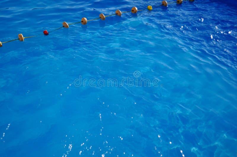 Download Agua y paraguas imagen de archivo. Imagen de afloat, nadie - 41917693