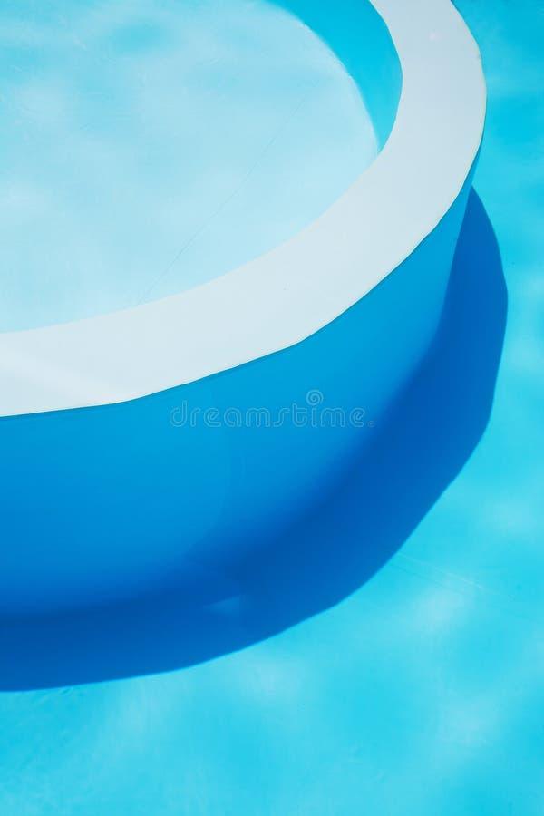 Agua y paraguas imagenes de archivo
