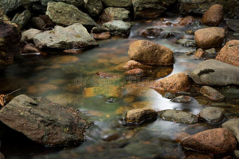 Aguas suaves del parque nacional del Acadia imagen de archivo libre de regalías