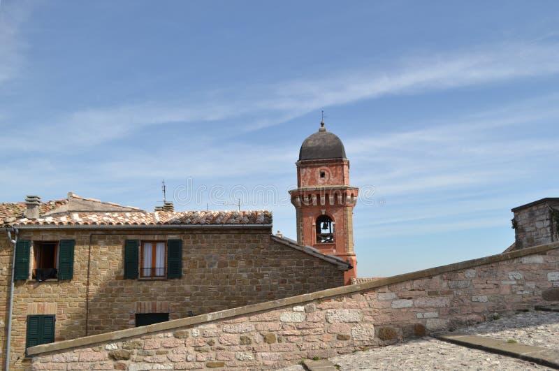 Aguja en Frontone - Italia fotos de archivo libres de regalías