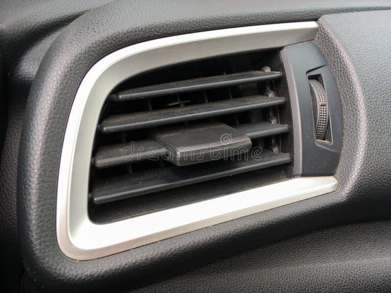 Agujero de condicionamiento del coche del aire fotos de archivo