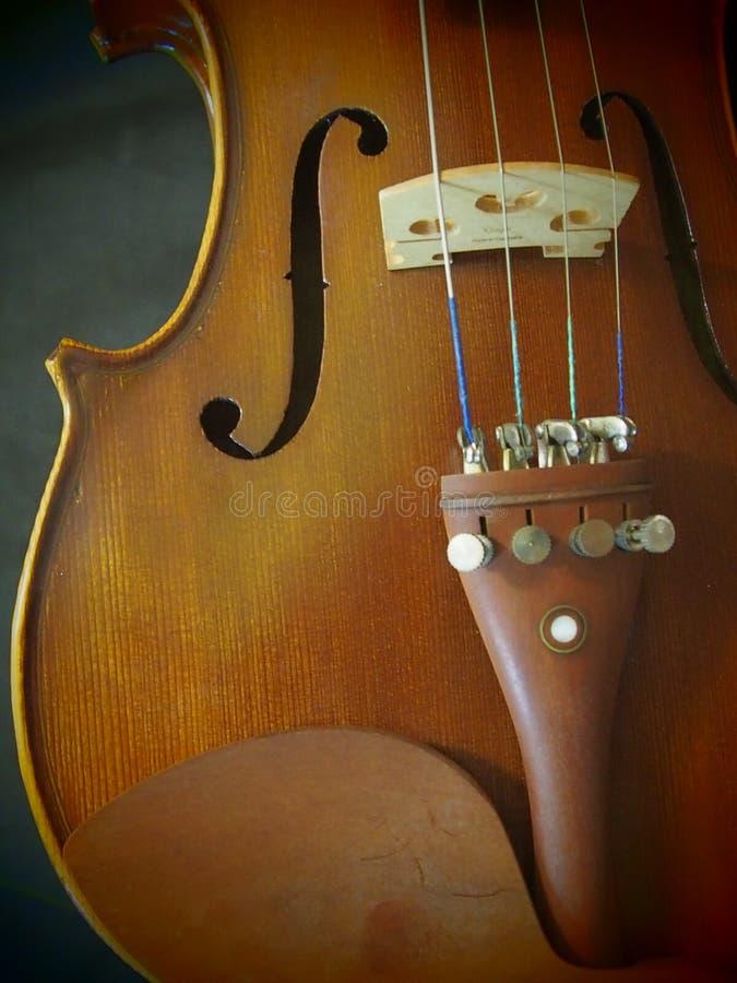 Agujero Melody String Music Instrument Inspire de sonidos del violín del violín 4/4 del concierto retro imagen de archivo