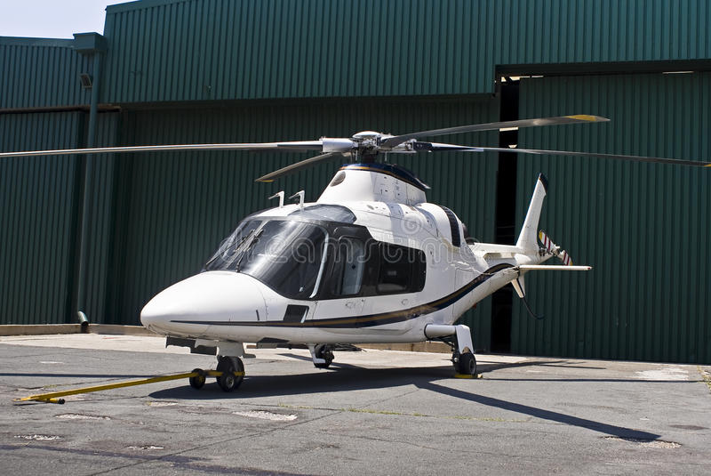 Agusta A109 Hubschrauber lizenzfreie stockbilder