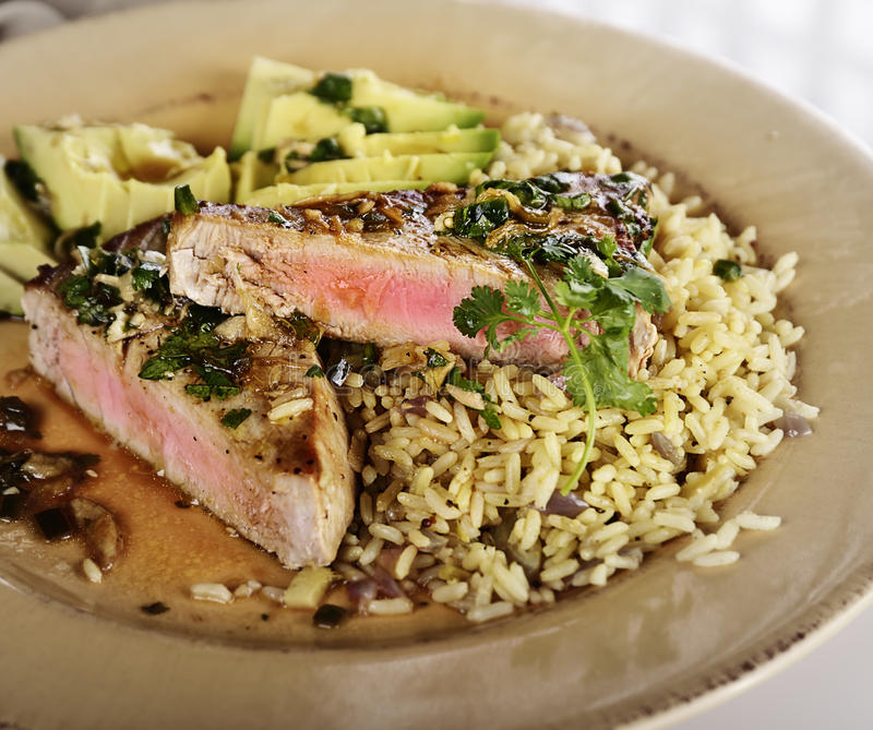 Ahi Tuna Steak royalty-vrije stock foto's