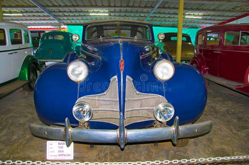 AHMEDABAD, GUJARAT, INDIA - Juni 2017, Close-up van de voorzijde van Buick-Jaar 1939, het convertibele Buswerk -, de V.S. Autower stock foto