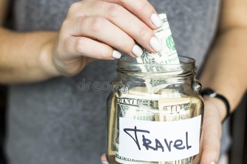 Ahorre el dinero para el concepto del viaje foto de archivo