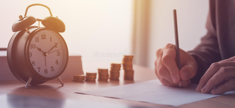 Ahorros, finanzas, economía y presupuesto casero fotografía de archivo