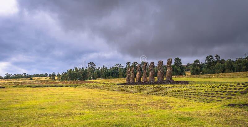Ahu Akivi,复活节岛- 2017年7月11日:Ahu Akiv Moai法坛  免版税库存照片