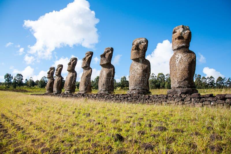 Ahu Akivi na Wschodniej wyspie Pazific fotografia stock