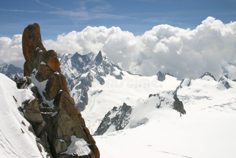 aiguille阿尔卑斯du密地 免版税库存图片