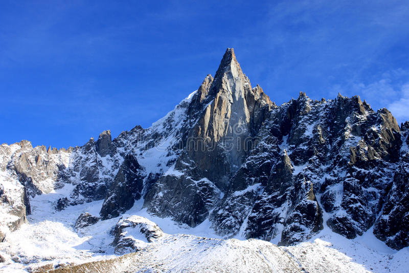 Aiguille du Dru dans le massif de Montblanc, Alpes français photo libre de droits