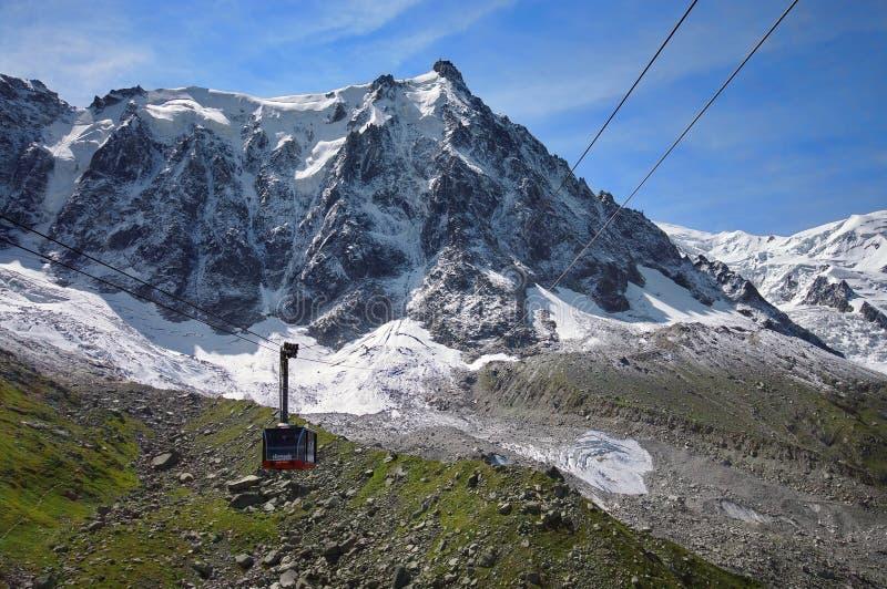 Aiguille du Midi, βουνό στον ορεινό όγκο της Mont Blanc στοκ εικόνες