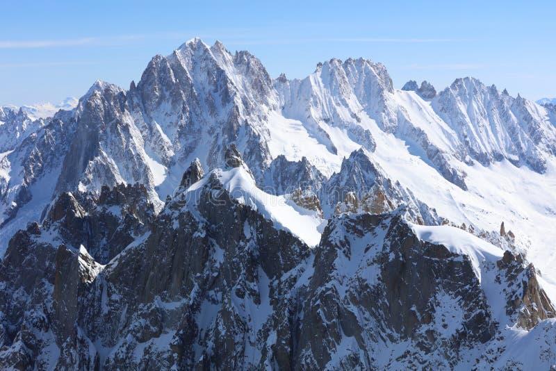 Aiguille Verte Chamonix Needles och Les Droites i Mont Blanc Massif Chamonix arkivfoton