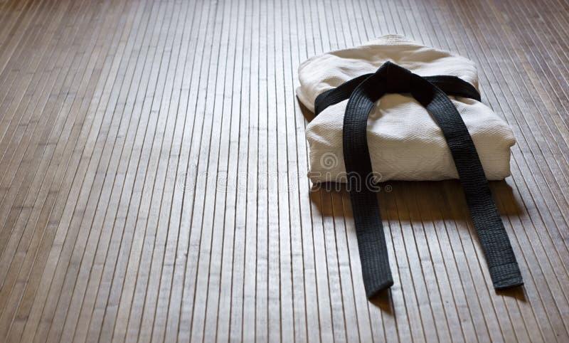 aikidogi竹子席子 免版税库存照片